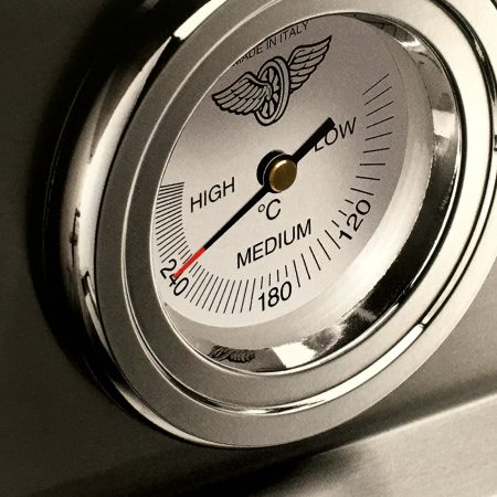 VITA DI LUSSO Interview Bertazzoni Top Line thermometer